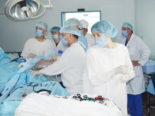 В Перми провели уникальную для края операцию по замене связки коленного сустава