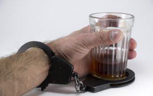 Основные этапы лечения алкоголизма