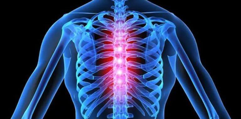 Грудной остеохондроз: симптомы