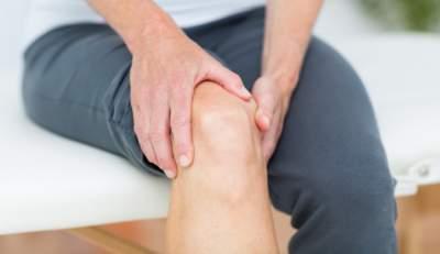 Медики подсказали, как «почистить» суставы и кости от соли