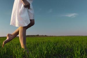 5 правил, которые помогут защитить ноги от усталости и отеков