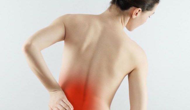 Ученые выяснили, что вызывает боль в спине