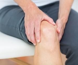 Как облегчить боль в коленях с помощью натуральных средств?..