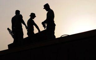 Электрики и каменщики чаще страдают ревматоидным артритом