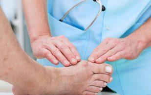 Вальгусная деформация: причины, симптомы, лечение