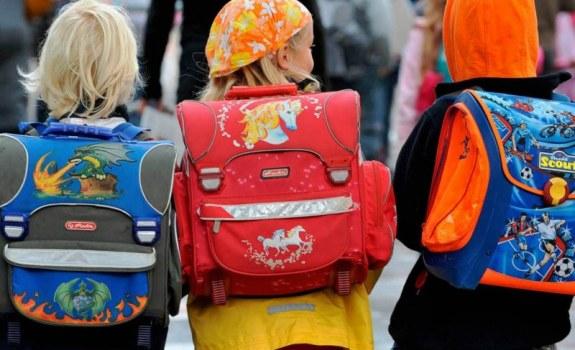 Перед тем как отправлять ребенка в школу, взвесьте портфель