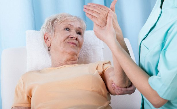 5 решающих факторов и 9 упражнений для профилактики остеопороза
