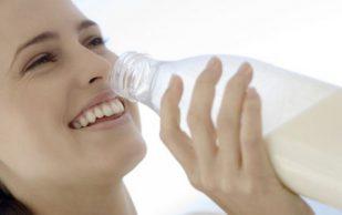 Молоко способно защитить женщин от артрита