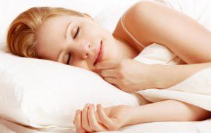 Мягкая постель дарит приятный сон и искривление спины