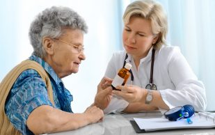 Уход за лежачим больным после инсульта