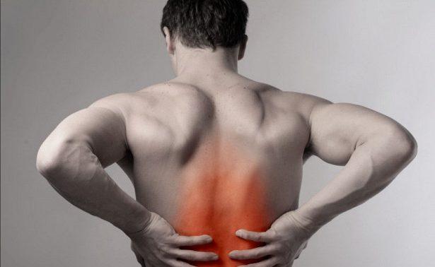 8 неожиданных причин, по которым может «отняться» спина