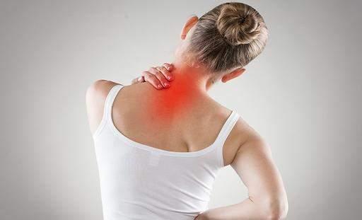 Медики дали важный совет по лечению боли в спине