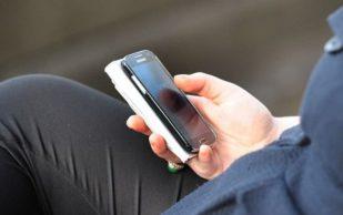 Смартфоны не вызывают никаких болей в шее