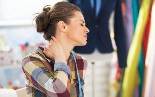 Что делать, когда голова болит из-за шейного остеохондроза