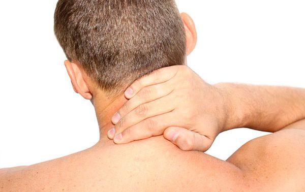 Чем он опасен шейный остеохондроз и как он проявляется?