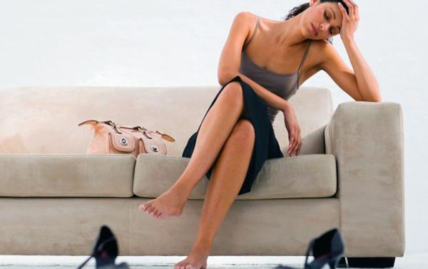 Почему тянет ноги и возникает тяжесть в ногах?