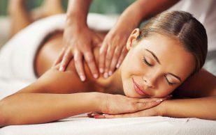 Как правильно делать массаж спины — рассказали эксперты