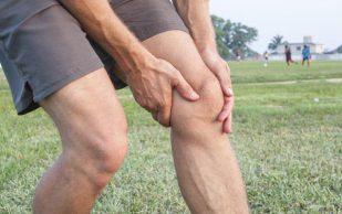 Появление жидкости в коленном суставе