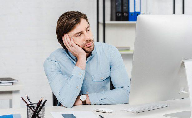 Однообразная сидячая работа может быть опасна