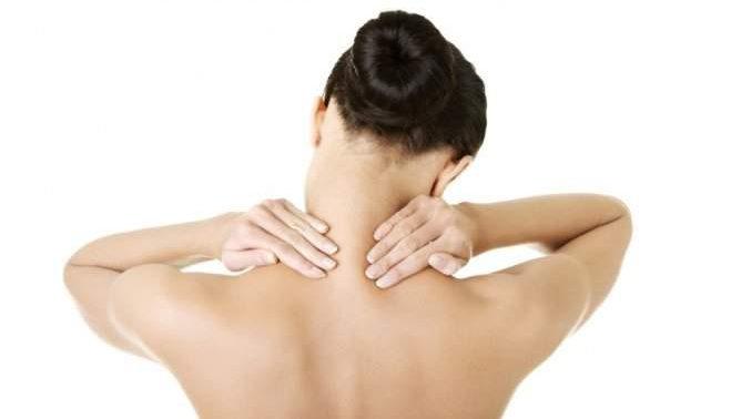 Как избежать боли в шее дома: комплекс упражнений