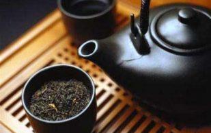 Суставы и черный чай: знайте меру!