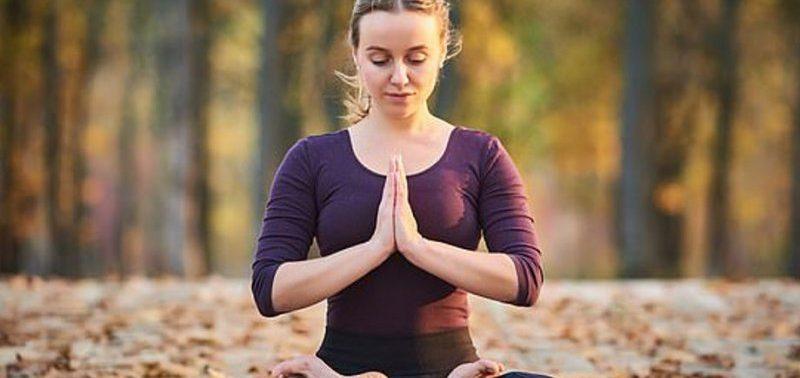 Ревматоидный артрит лечат с помощью йоги