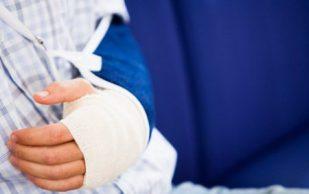 Детский перелом: всё о первой помощи