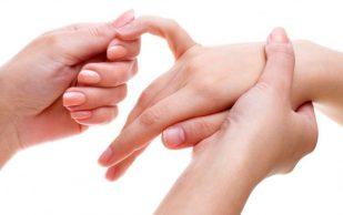 Врач подсказала, как избежать обострения артрита