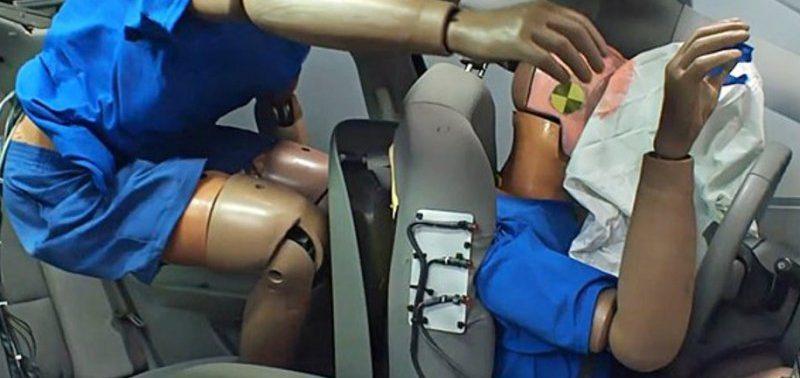 Пассажирам на заднем сиденье автомобилей чаще грозят травмы
