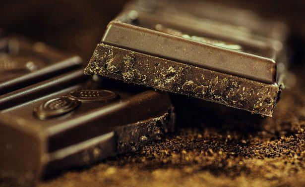 Ученые: кости будут расти лучше благодаря шоколаду