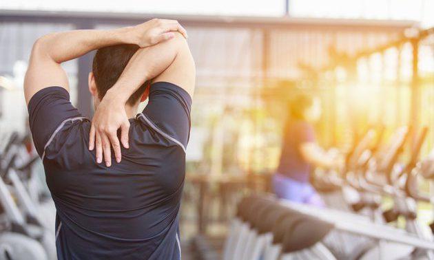 Опасны ли упражнения на шею? Зачем её тренировать?