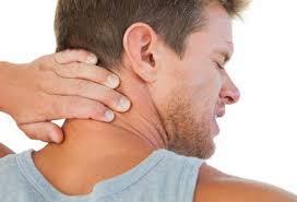 Почему болит шея и что с этим делать