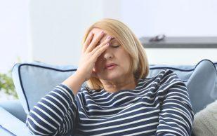 Стресс повышает риск перелома шейки бедра у женщин, считают исследователи