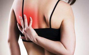 О чем может сигнализировать боль в плече, рассказали врачи