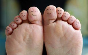 Почему появляется косточка на большом пальце ноги
