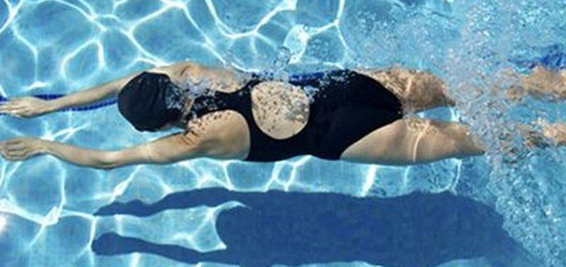 5 оздоровительных эффектов, которые дает плавание