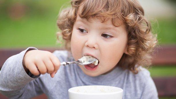 Вода поможет ребенку есть здоровую пищу!