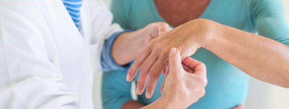 Какие обследования назначает ревматолог: нюансы выявления болезней, профессиональная помощь