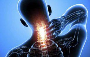 Названы три домашних средства от болей в шее