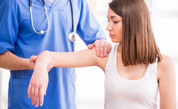 Эпикондилит: лечение синдрома «теннисного локтя»