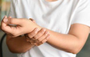 Ризартроз: причины, вызывающие боль в суставе большого пальца