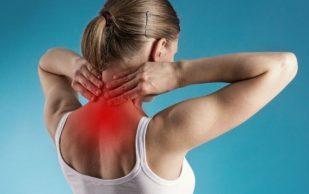 Боль в шее не связана с положением тела, показало исследование