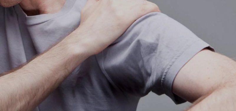 Боль в плече: причины, которые в том числе могут быть очень опасными