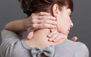 Боль в шее с правой стороны: когда это опасно?