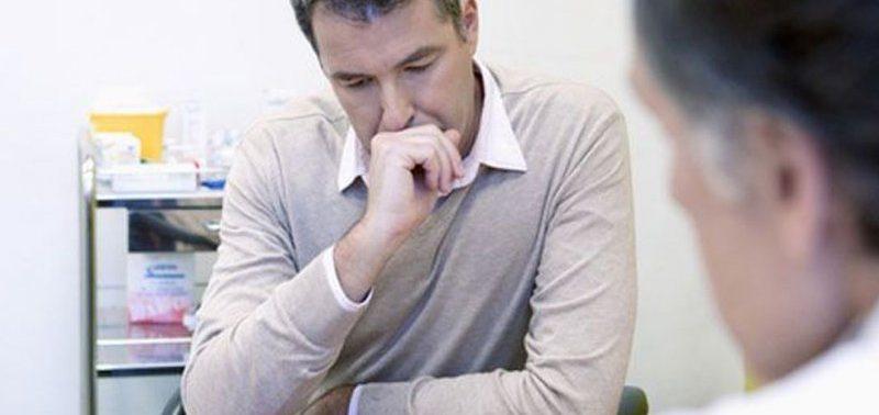 Специалисты указали на 10 возможных симптомов рака позвоночника