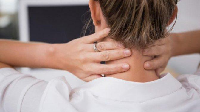 Почему болят колени и локти: главные причины недомогания