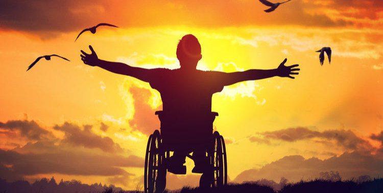 Люди с травмами позвоночника, возможно, смогут ходить