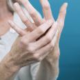 Названы способы облегчить состояние при артрите