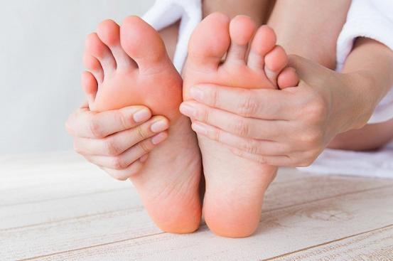Шишка на ноге: причины появления и методы лечения