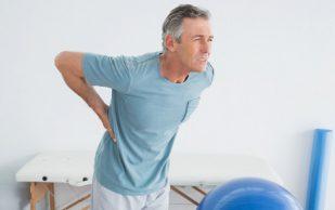 Опасные ошибки, которые вы делаете, когда болит спина